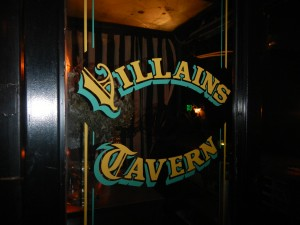 Review Villain's Tavern