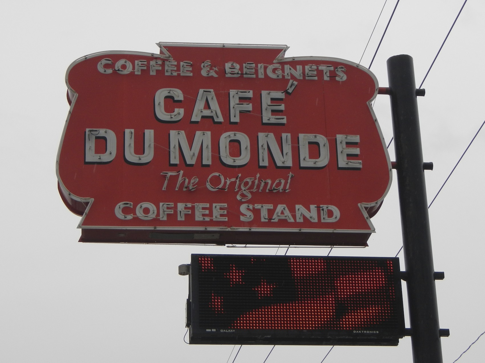 Is Cafe Du Monde Open On Thanksgiving