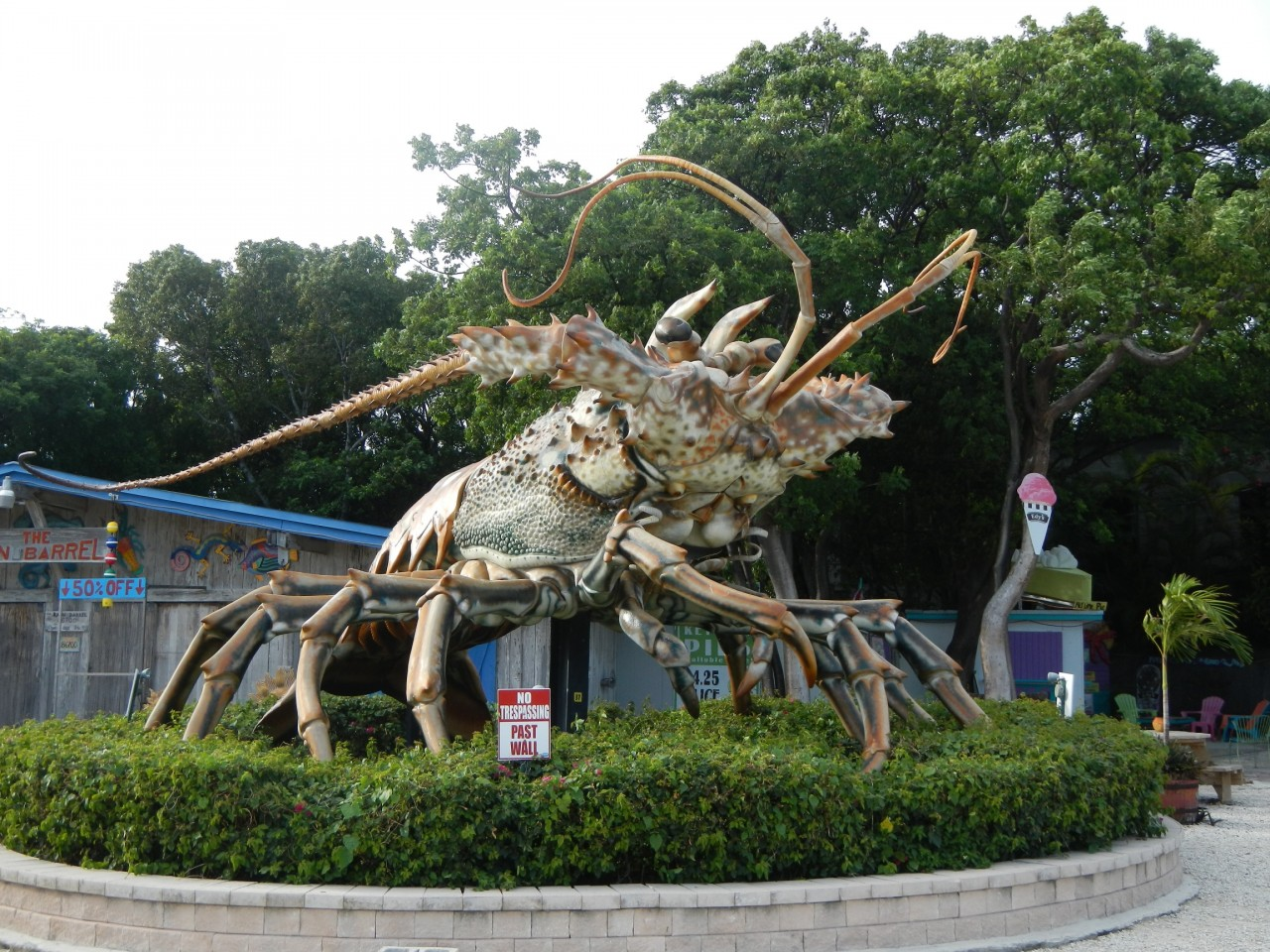Statue Giant Spiny Lobster Key West