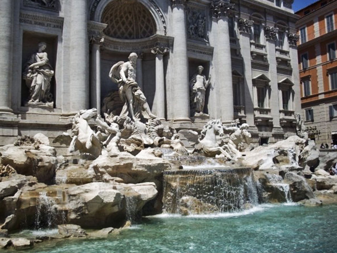 rome a photo essay by a backpacker s tale trevi