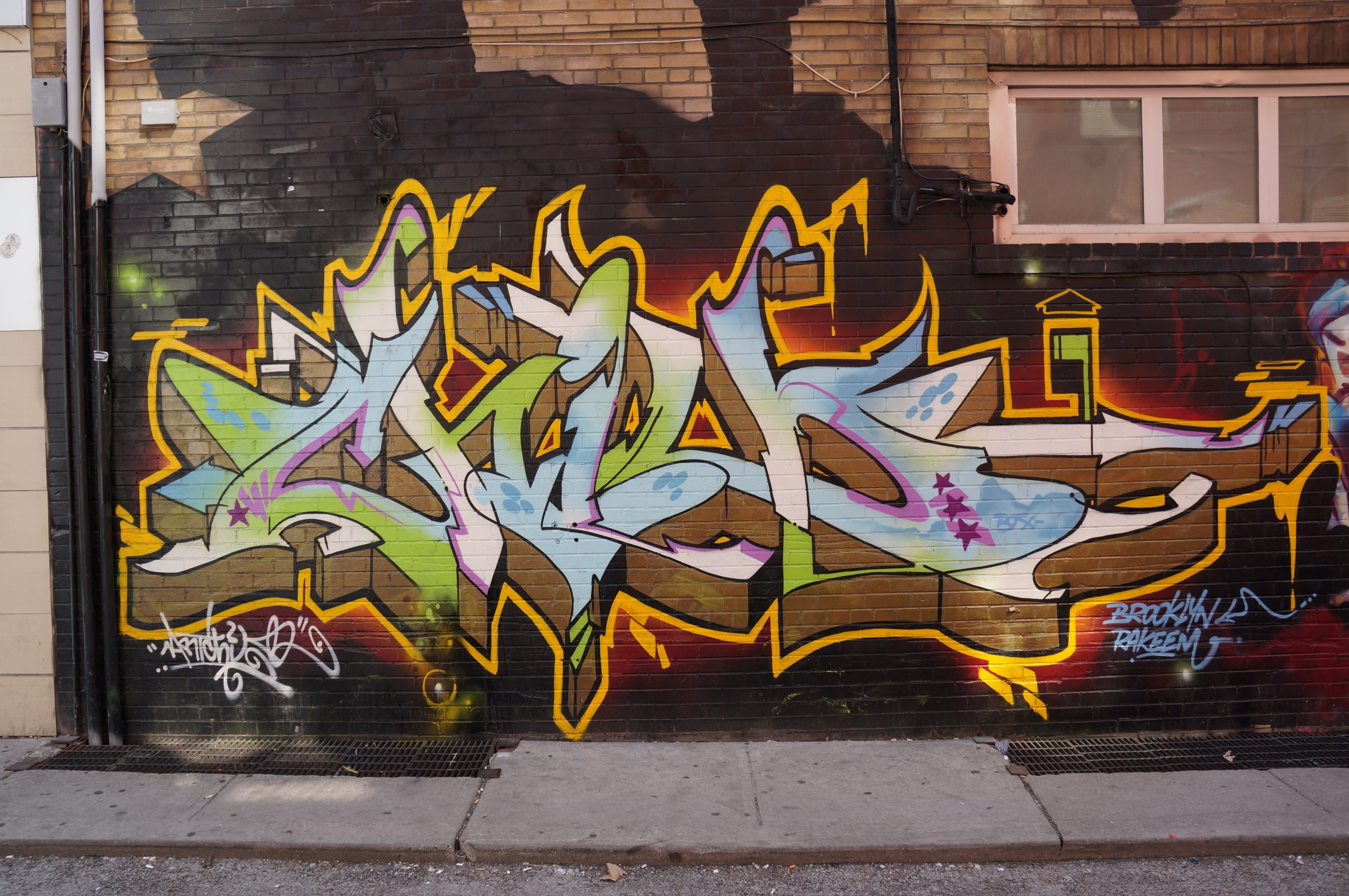 graffiti essays vandalism Free essay: deviance – graffiti & vandalism graffiti is one of the most visible forms of crime, defacing both public and private property it costs the.