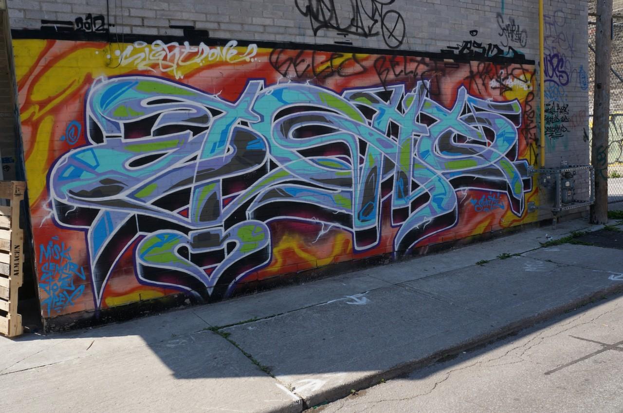 descriptive graffiti essay