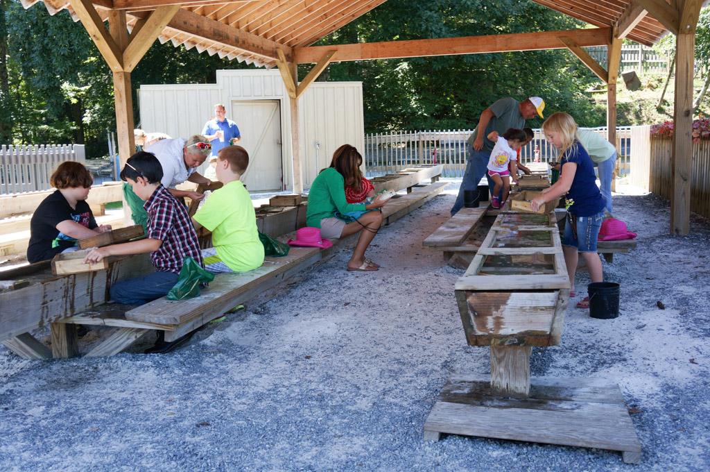 Tweetsie Railroad Review 14-1