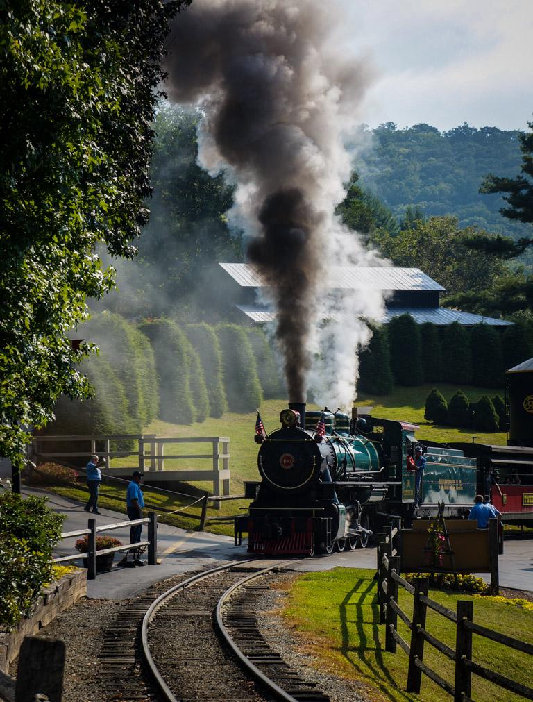Tweetsie Railroad Review 3-1