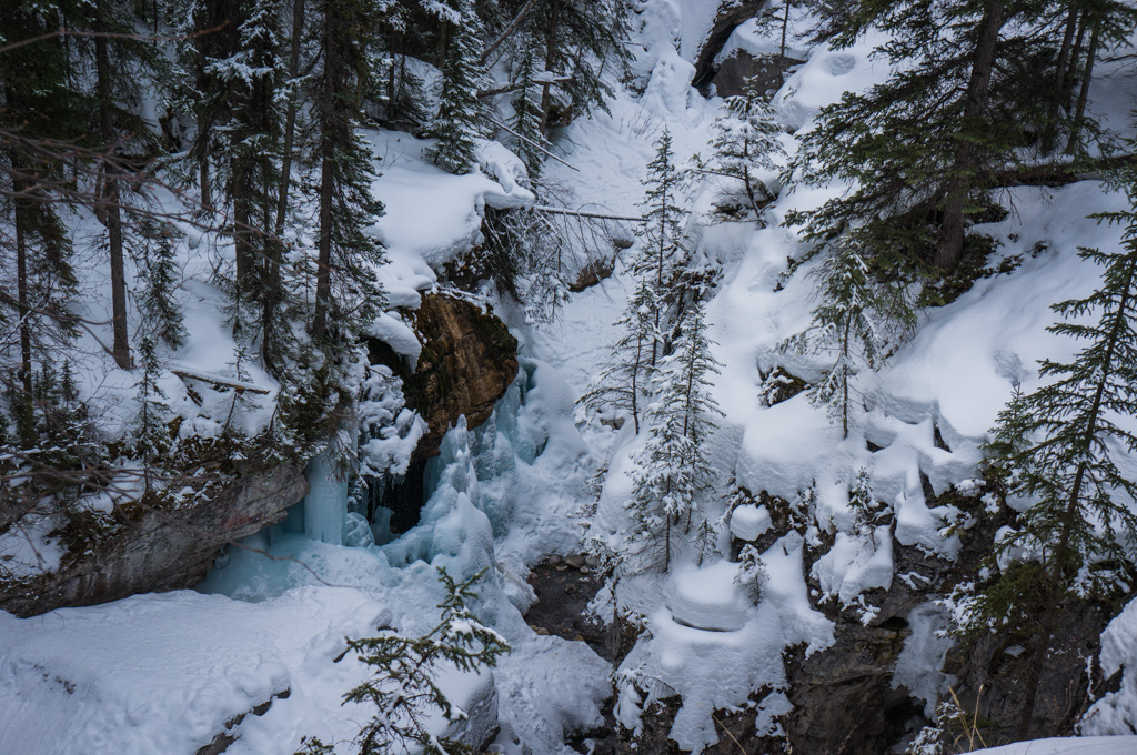 Winter in the Maligne Canyon
